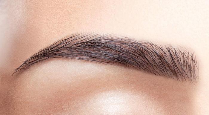Czy makijaż permanentny brwi jest bezpieczny?